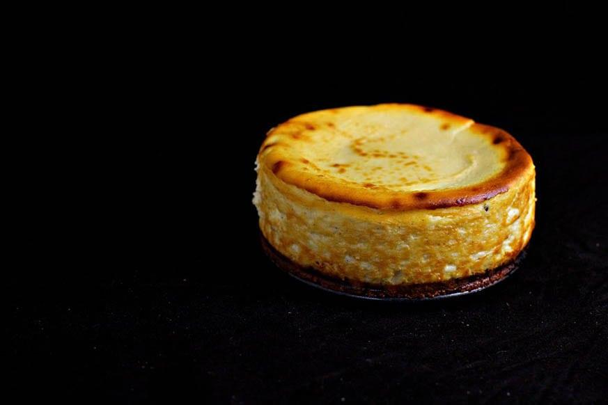 Mad Creations Keto Baked New York Cheesecake #ketodiet #ketodessert #bakedheesecake