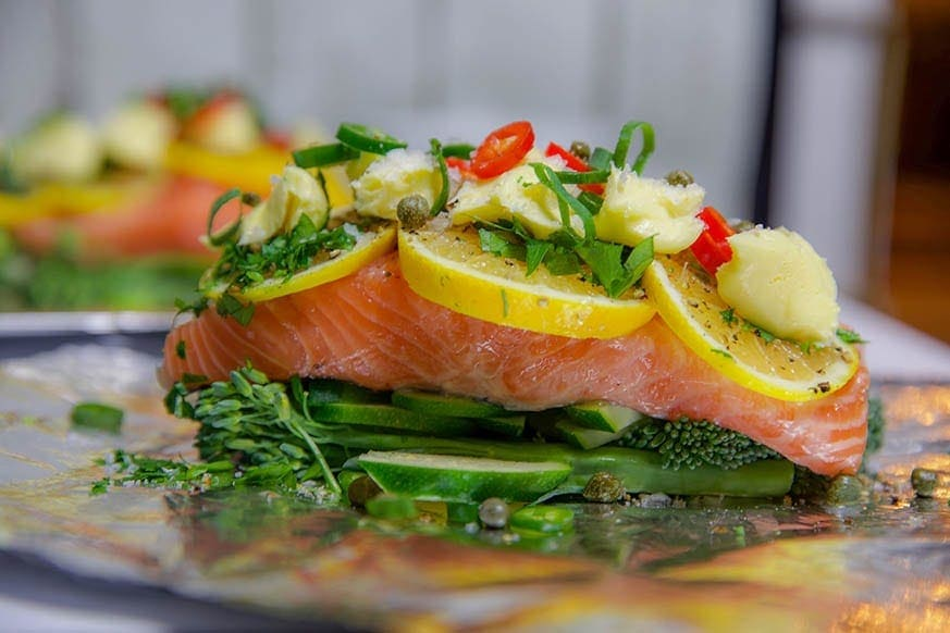 Mad Creations Salmon and vegetables baked in foil #grainfree #ketogenicdiet #glutenfree #salmon
