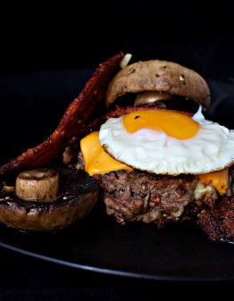 Mad Creations Portabello Bunless Burgers #ketodiet#ketoburger