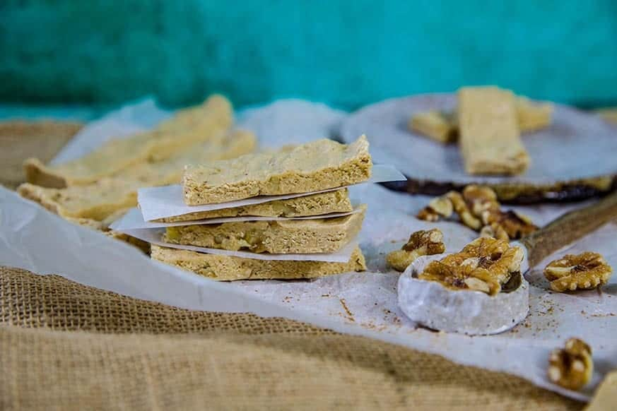 Mad Creations Walnut Cinnamon Bun Keto Protein Bar #ketobar #ketodiet #sugarfree