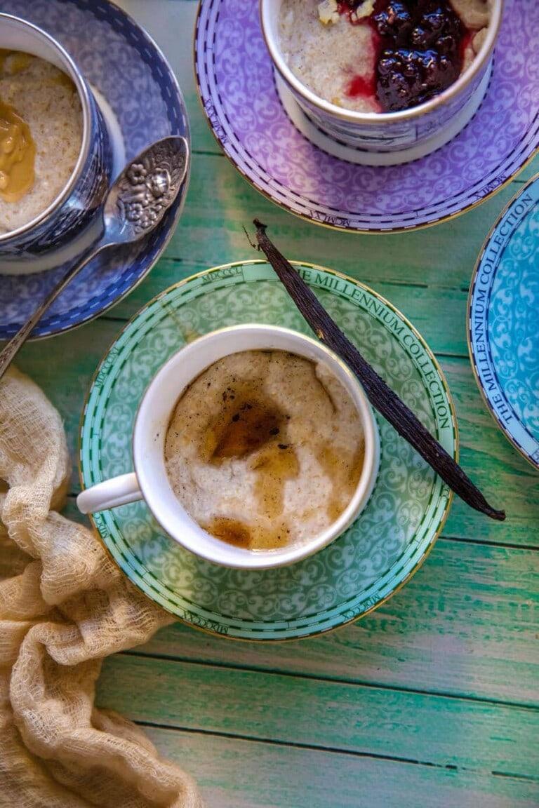 keto porridge recipe in tea cups
