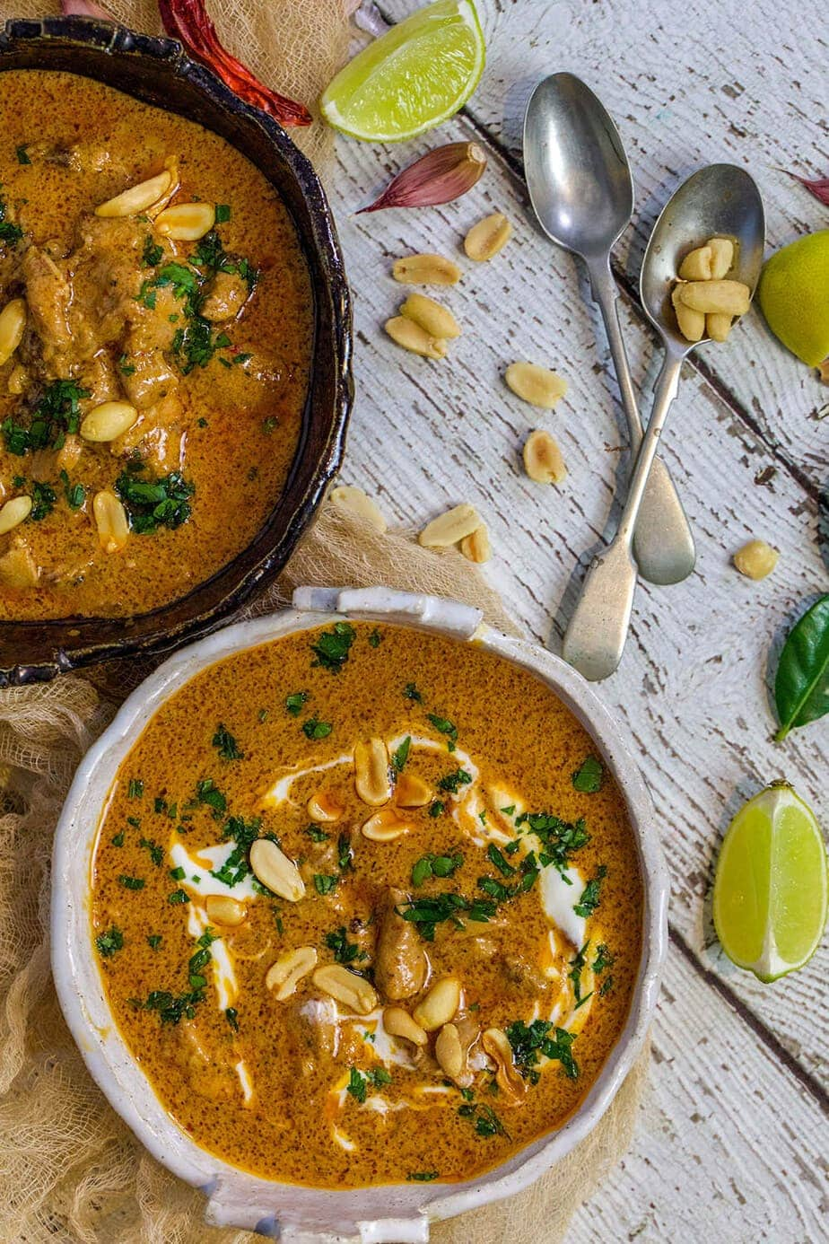 Chicken curry in a white bowl