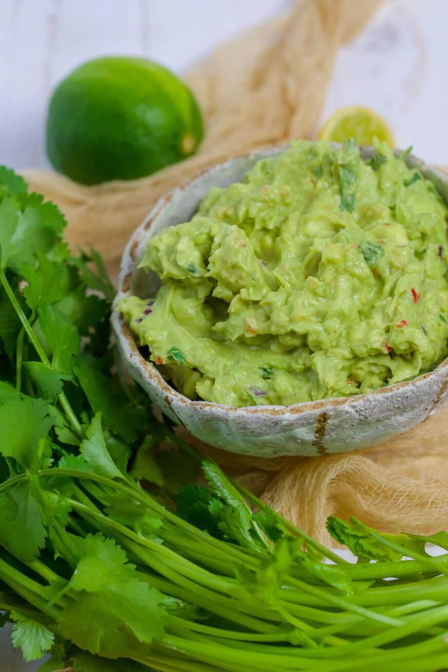Easy Keto Guacamole in a white bowl