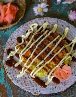 Okonomi Sauce on Okonomiyaki