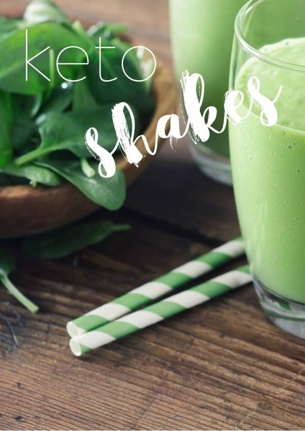 green smoothie and green straws