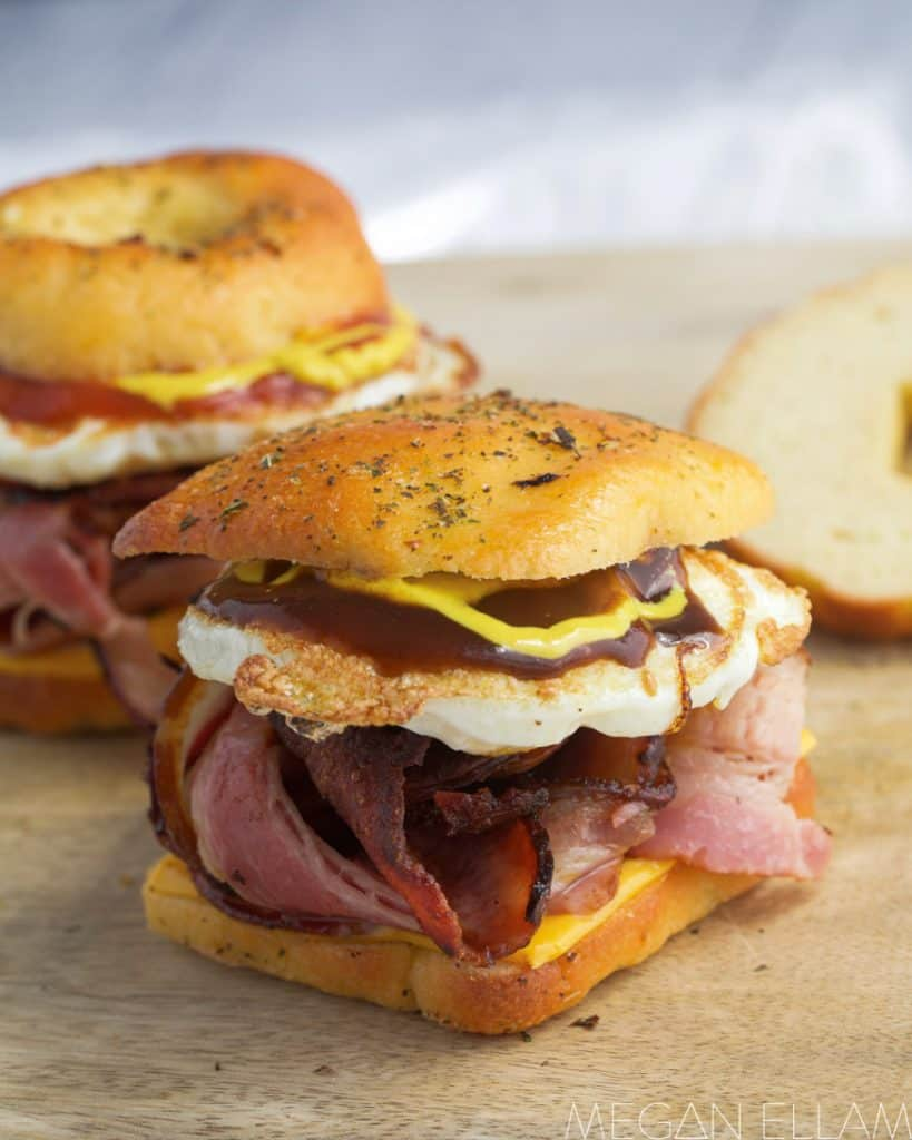 a roll filled with bacon and egg