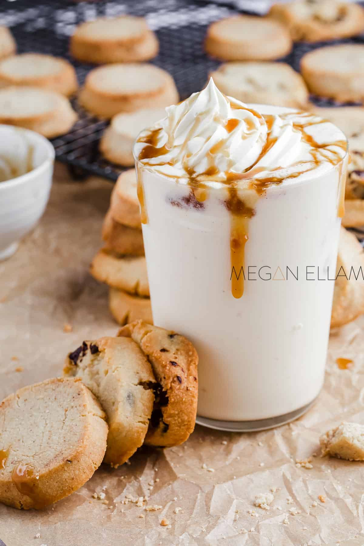 A keto milk smoothie and cookies stack.